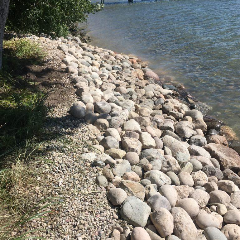 Shoreline protection - rip rap close